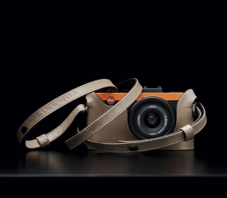 Leica-X2-Edition-Paul-Smith-with-case-and-strap_lifestyle_02
