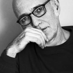Ludovico Einaudi photographed & interviewed by Vincent Urbani