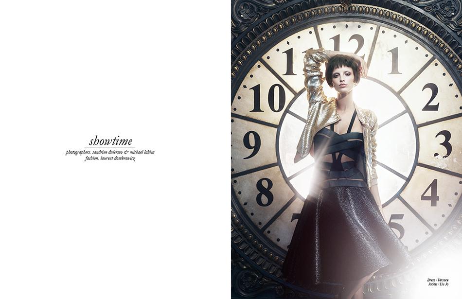Dress / Versace  Jacket / Liu Jo