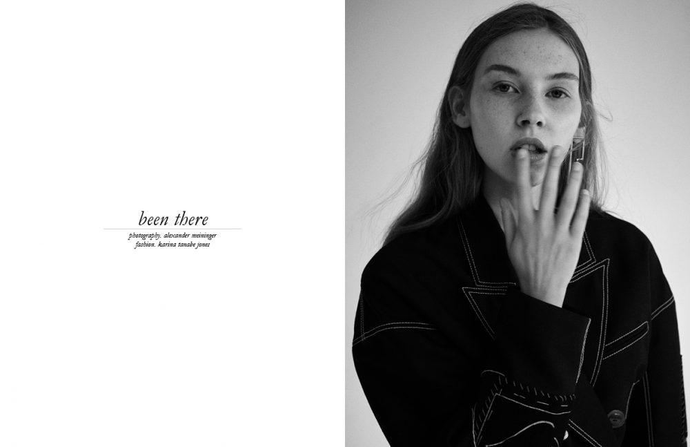 Jacket / JOSEPH  Earring / Acne Studios