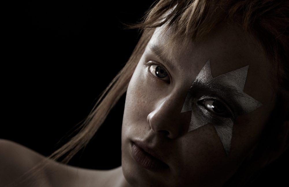 Eye Quad Lilac Dream and Titanium Smoke, Illuminating Primer & Soleil Contouring Compact / TOM FORD