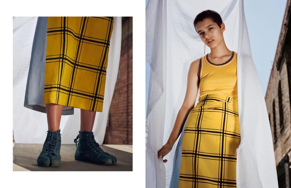 Skirt / Dries Van Noten  Shoes / Marginal  Opposite Top / CÉLINE  Skirt / Dries Van Noten Earring / Shikama