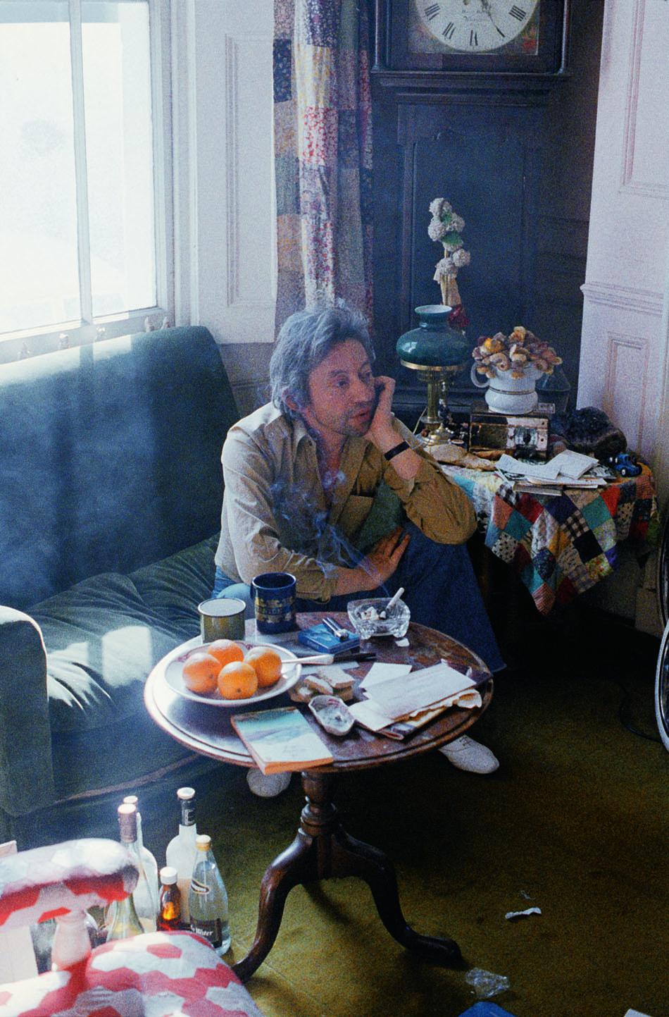 Serge in Jane's house in Cheyne Row, 1978.