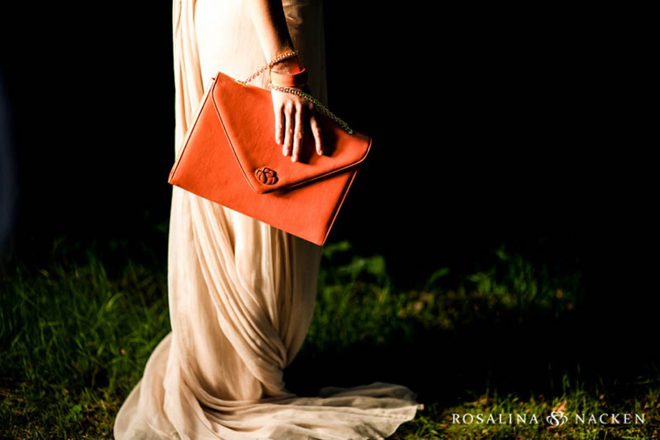 The Shelle Classica in Poetic peach is a Limited Edition.