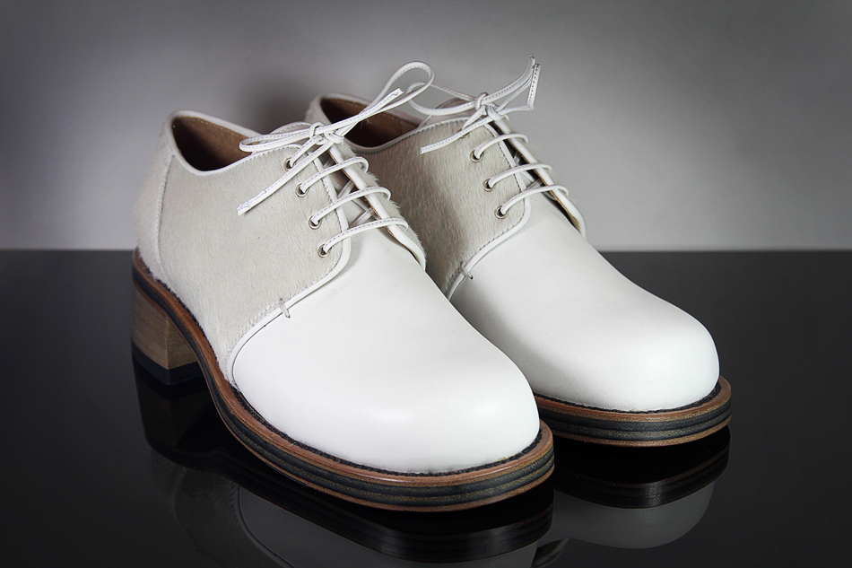 KD Signature Brogue White Pony & Calf Leather (Buy online at LN-CC)