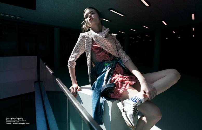 Dress / Rebecca Dédé Gaba Coat and bandana / Kilian Kerner  Shirt and socks / Asos Sneakers / Stella McCartney for Adidas
