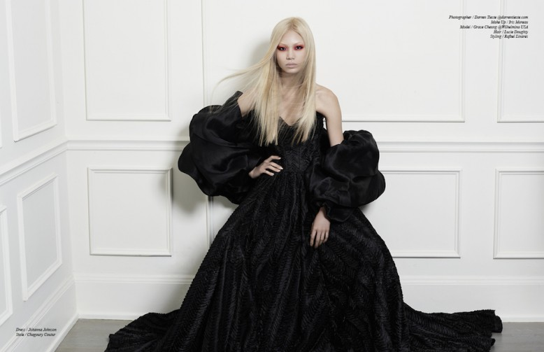Dress / Johanna Johnson  Stole / Chagoury Coutur
