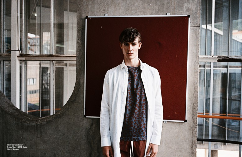 Shirt / Adriaan Kuiters Printed Shirt / ACNE Studio Shorts / Topmen