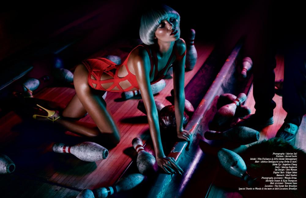 Swimsuit / Hervé Léger Shoes / Christian Louboutin