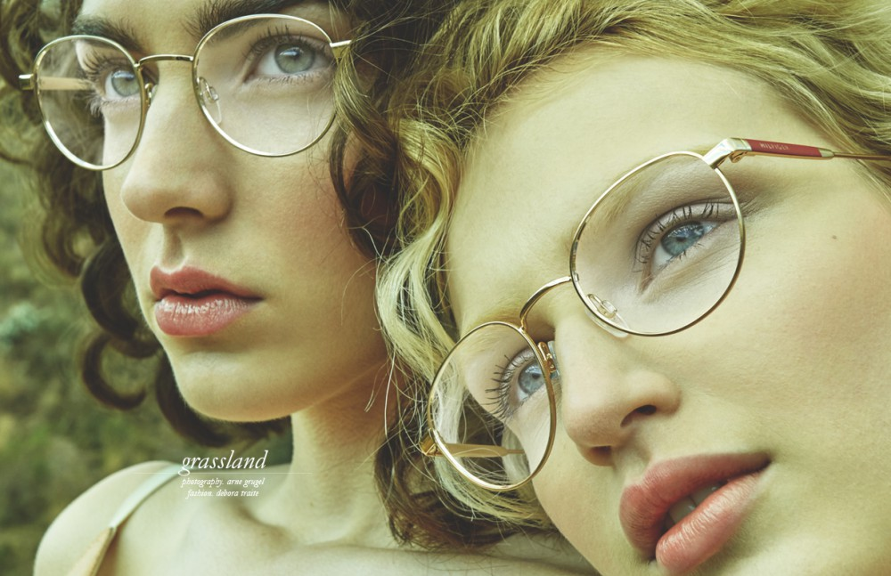 Maja & Aliz wears: Dresses / Lydia Delgado Glasses / Tommy Hilfiger