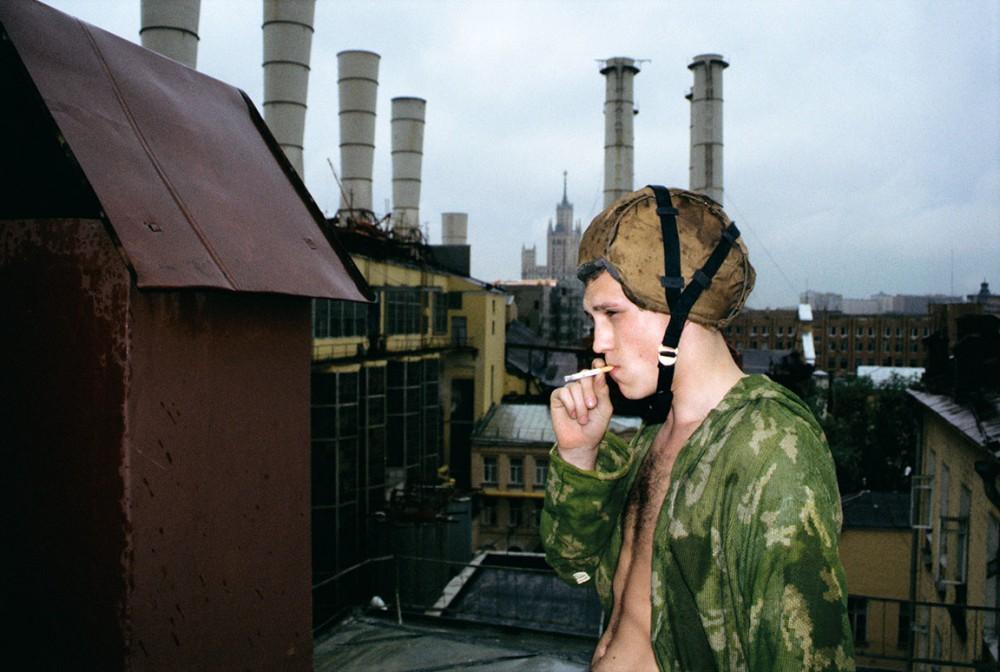 Slava_Mogutin_Anton_Smoke_2000