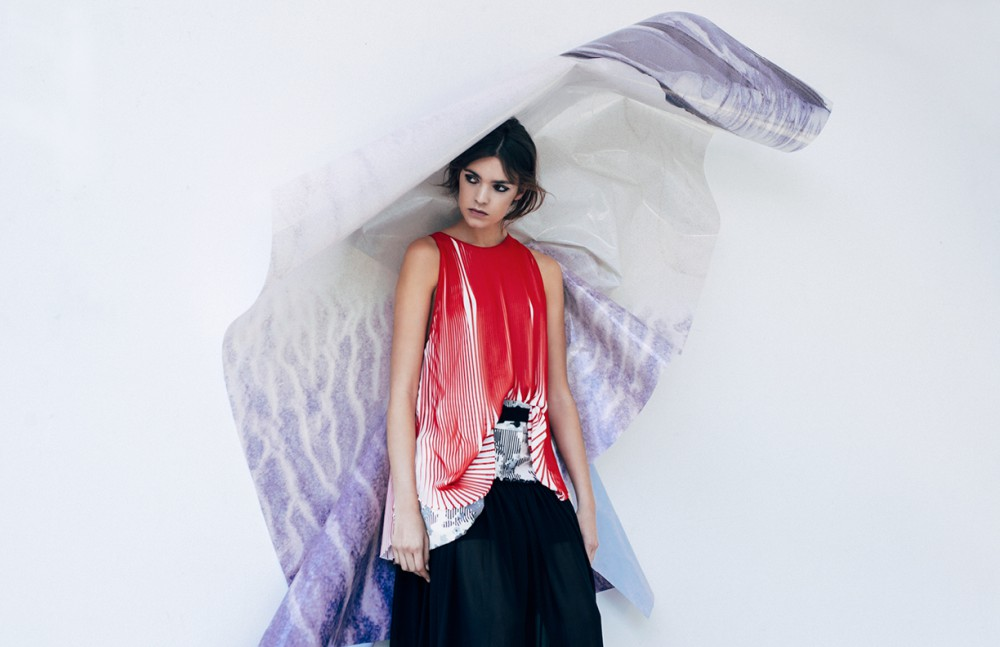 Plissè Top / Stella McCartney Long Skirt / I'm Isola Marras by Antonio Marras