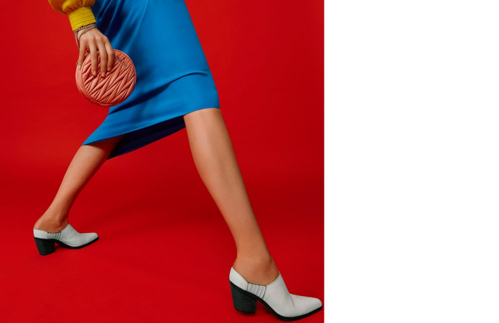 Jumper / J.JS LEE  Skirt / REJINA PYO  Boots / Céline  Bag / Miu Miu