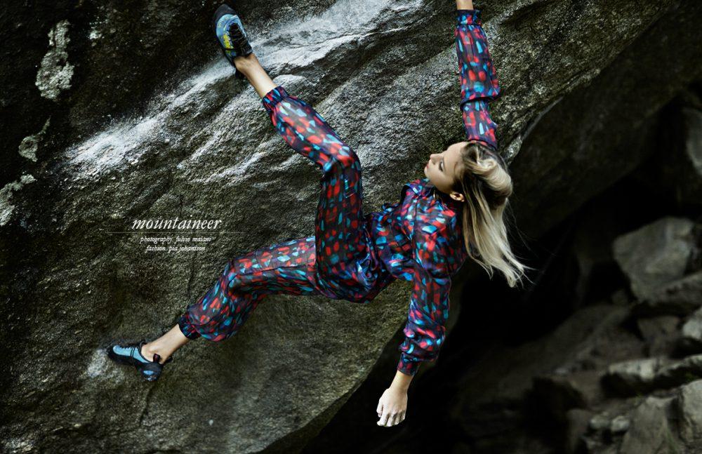 Jumpsuit with belt / UEL CAMILO