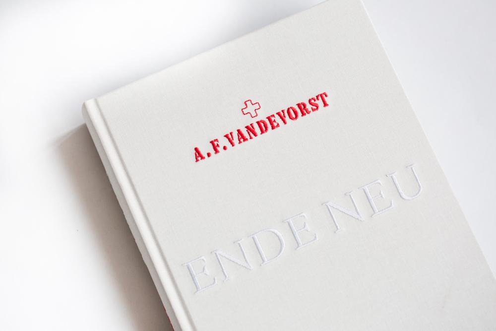 A.F. Vandevorst's Ende Neu